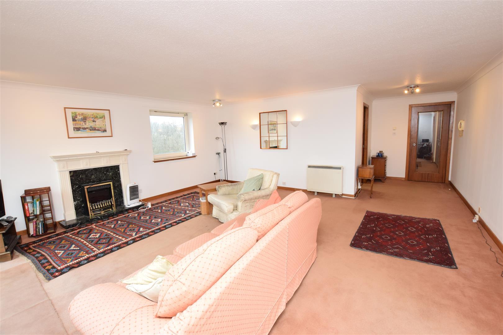15, Park Manor, Crieff, Perthshire, PH7 4LJ, UK